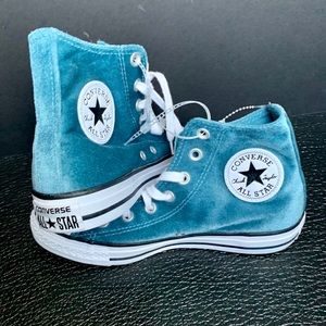Women's Blue Velvet Converse Sneakers